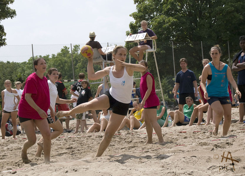 Beachhandball - Bretzenum Beach 2010 in Mainz